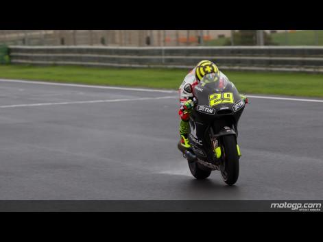 Andrea Iannone MotoGP Test Valencia