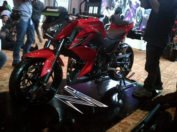 Kawasaki Z250-Merah