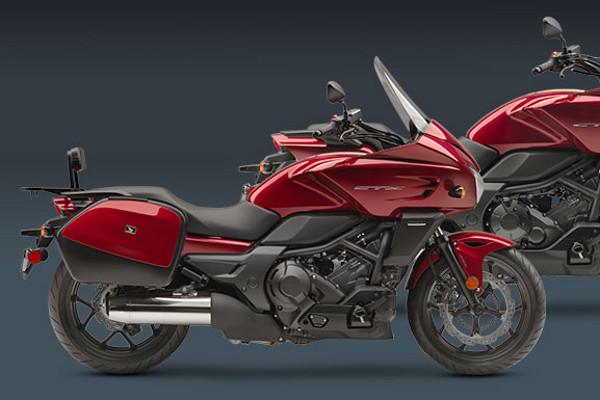 Honda CTX700 versi touring