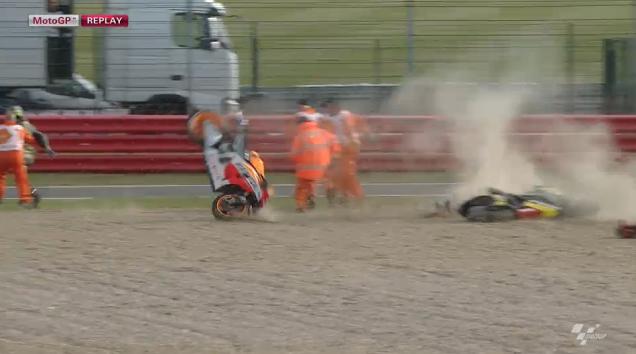Marquez-Terjatuh Silverstone 2013