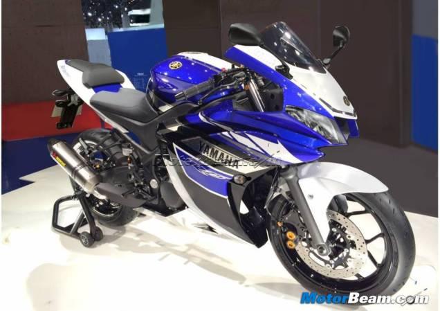 Yamaha R25 Renderan Produksi Masal