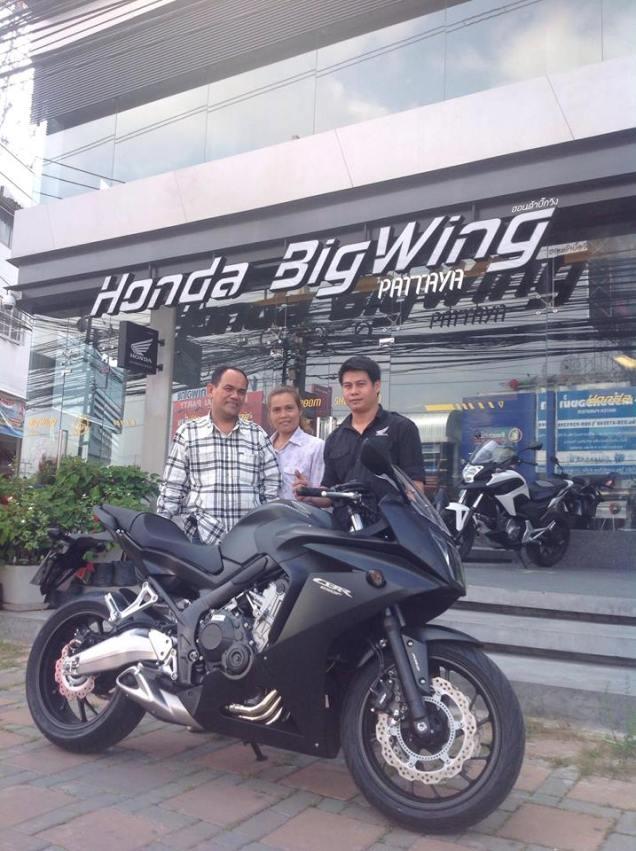 Honda CBR650F-Hitam
