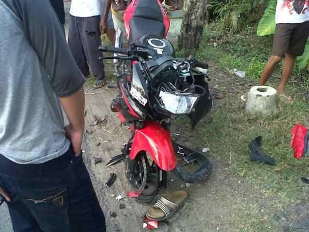 Ninja 150RR Merah-Kecelakaan(tampak depan)