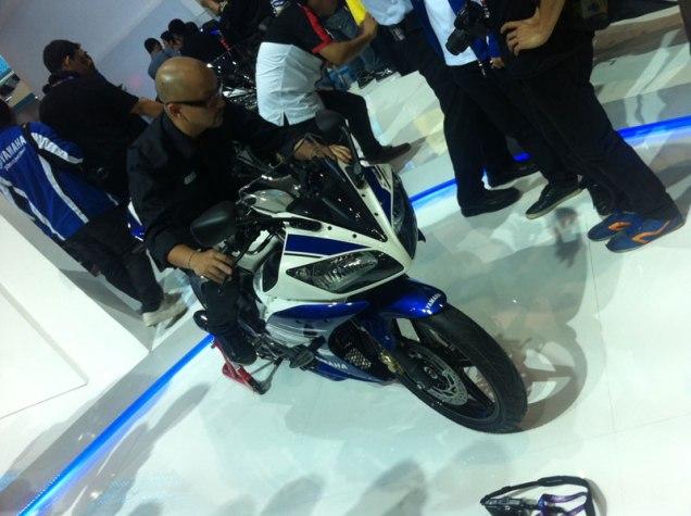Yamaha R15-Thailand(15)