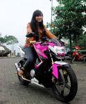 Lady Bikers-Vixion Ungu-Jangan digodain yah...