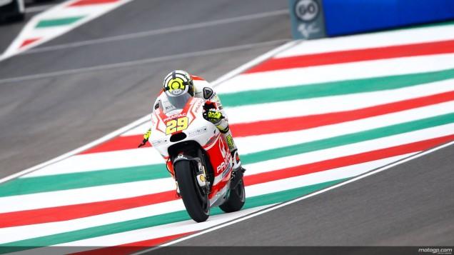 Andrea Iannone-Posisi ke-2 Kualifikasi MotoGP Mugello Italia 2014