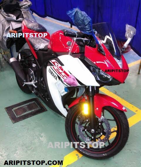 Yamaha YZF-R25-Tampak Depan-Sumber aripitstop