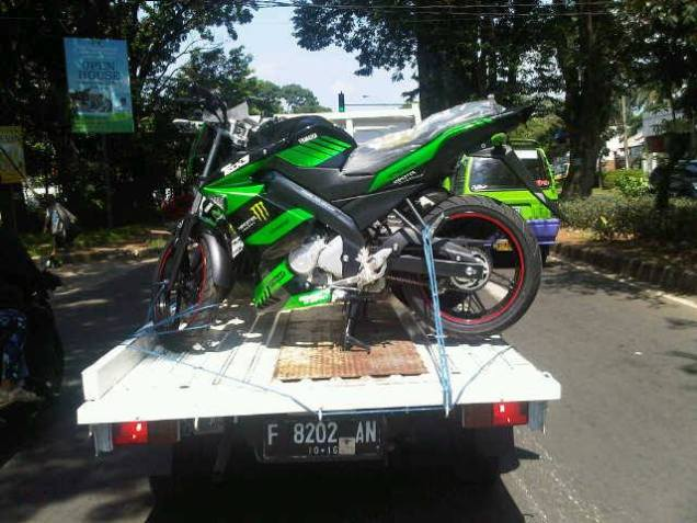 Yamaha New Vixion Monster