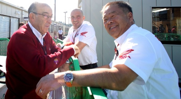 2 orang penting dibalik kesepakatan Moto2