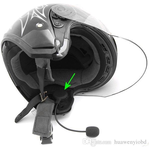 Helm lengkap dengan headset
